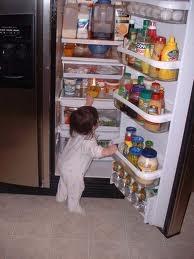 если вам жалко выбрасывать еду, то просто уберите в холодильник, до следущего раза, либо, отдайте тем, кто голодней
