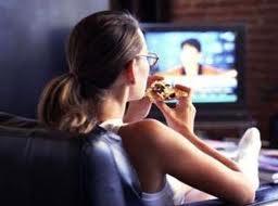 перестаньте смотреть телевизор во время еды