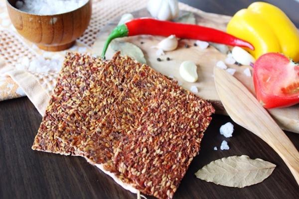 Хлебцы с семенами льна