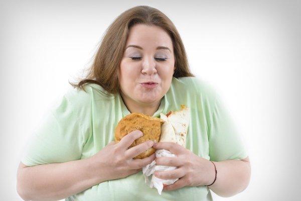 Причины возникновения психологической зависимости от еды и способы ее преодоления